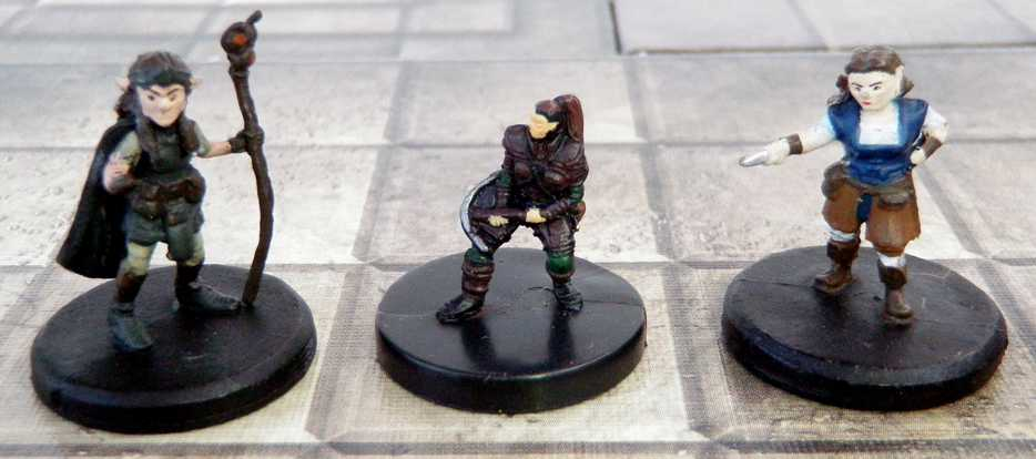 micro-human Lidda, Halfling Rogue from Harbinger (2003) flanked by a new Gnome and Wizard